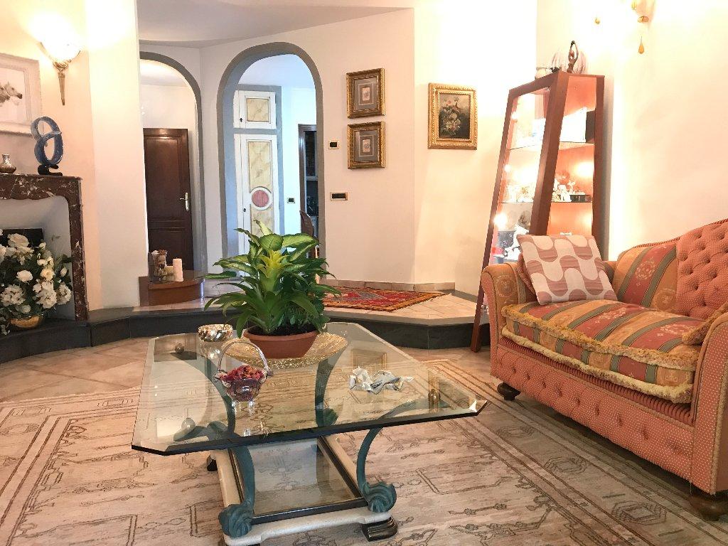 Villa singola in vendita, rif. 682V