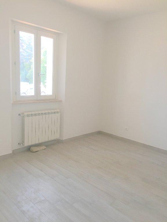 Appartamento in affitto a Livorno, 5 locali, prezzo € 1.300 | CambioCasa.it