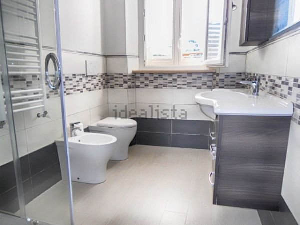 Soluzione Indipendente in affitto a Livorno, 3 locali, prezzo € 1.300 | CambioCasa.it