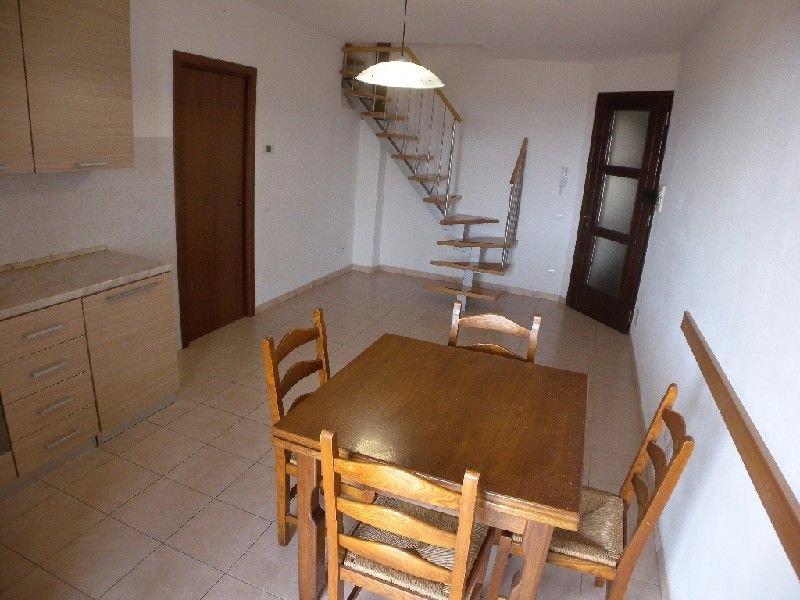 Appartamento in affitto a Rosignano Marittimo, 4 locali, prezzo € 500 | CambioCasa.it