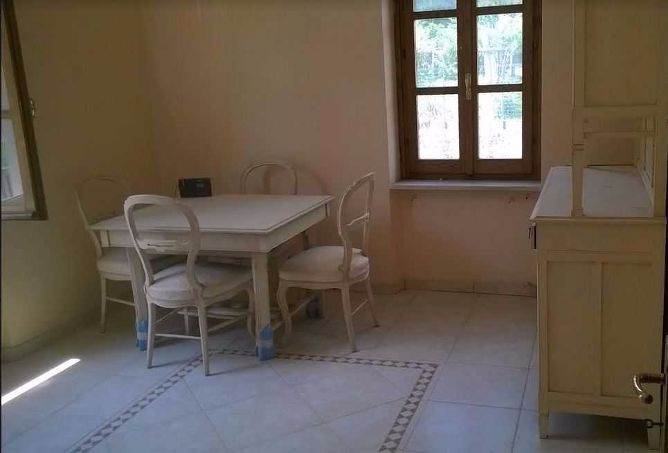 Casa semindipendente in vendita a Ortonovo (SP)