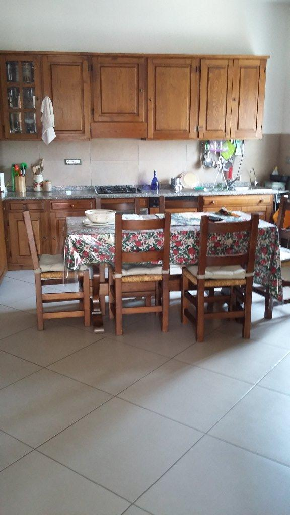 Soluzione Indipendente in vendita a Vecchiano, 10 locali, prezzo € 400.000 | CambioCasa.it