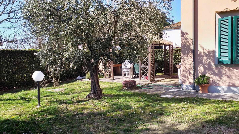 Rustico in vendita a Castelfranco di Sotto (PI)