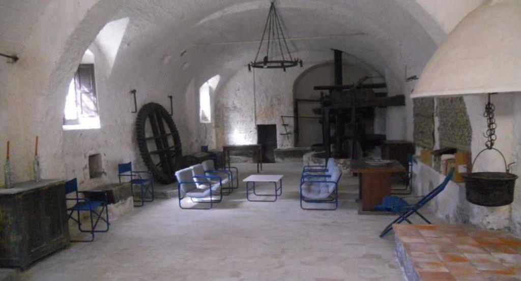 Colonica/casale in vendita a Castelnuovo Magra (SP)