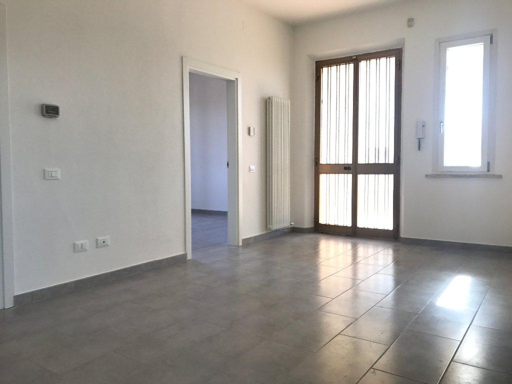 Appartamento in affitto a Santa Maria a Monte, 4 locali, prezzo € 600 | CambioCasa.it