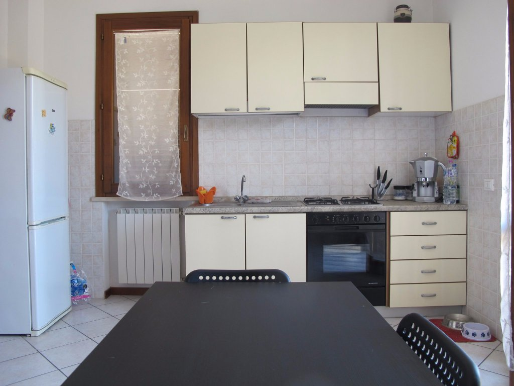 Appartamento in affitto, rif. 7402-04