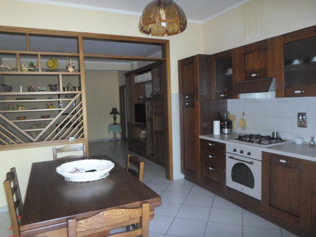 Appartamento in vendita a Santa Croce sull'Arno, 5 locali, prezzo € 140.000 | CambioCasa.it