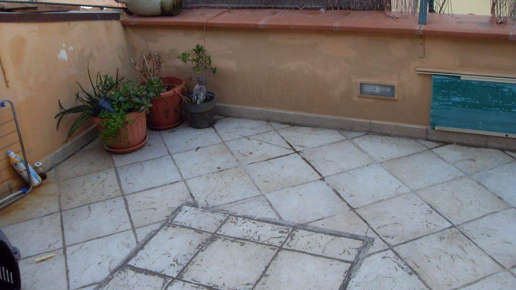 Appartamento in vendita a Livorno, 5 locali, prezzo € 199.000 | CambioCasa.it