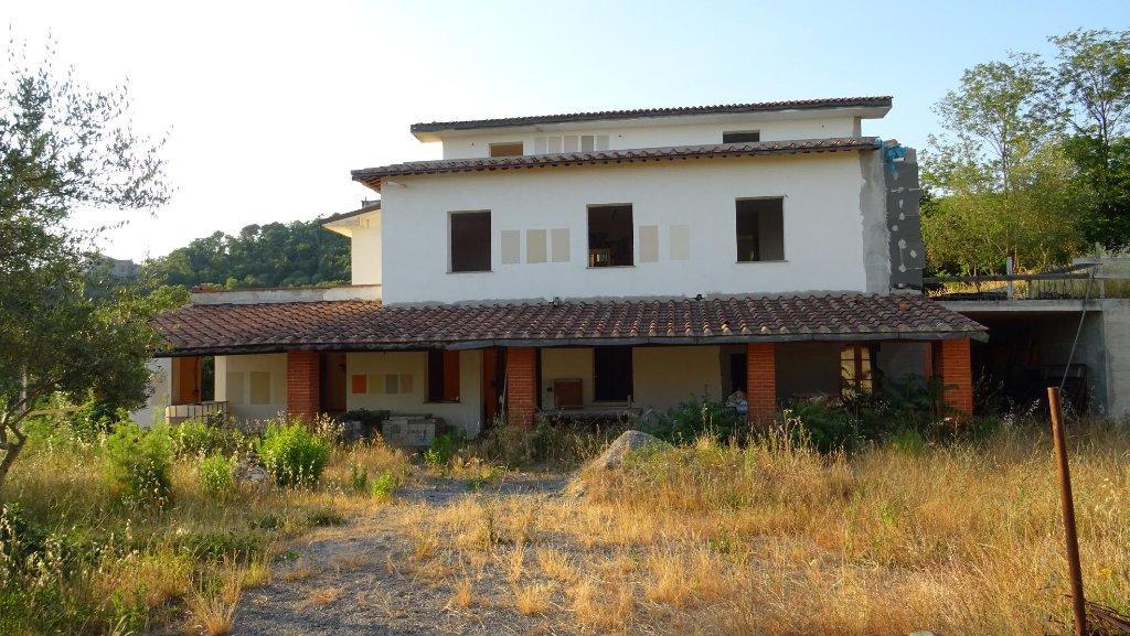 Soluzione Indipendente in vendita a Monsummano Terme, 15 locali, prezzo € 650.000 | CambioCasa.it