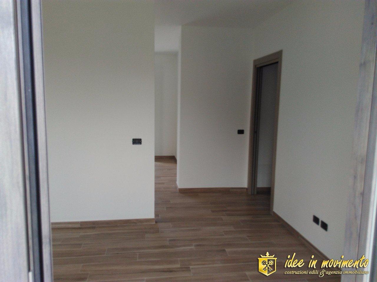 Appartamento in vendita a Renella, Montignoso (MS)