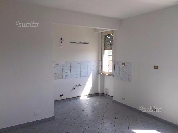 Appartamento in affitto a Cascina, 4 locali, prezzo € 570   CambioCasa.it