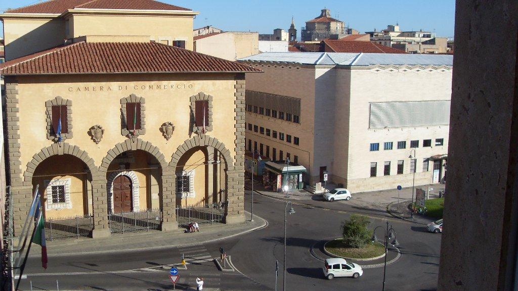 Appartamento in vendita a Livorno, 5 locali, prezzo € 215.000 | CambioCasa.it
