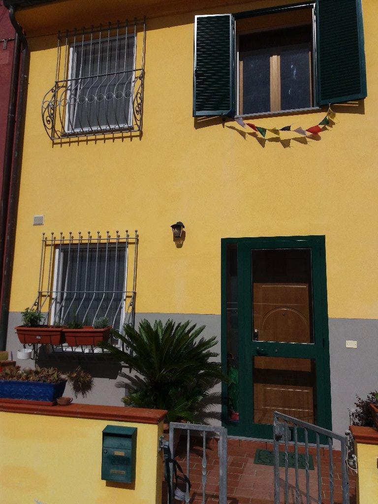 Soluzione Indipendente in vendita a Pisa, 4 locali, prezzo € 205.000 | CambioCasa.it