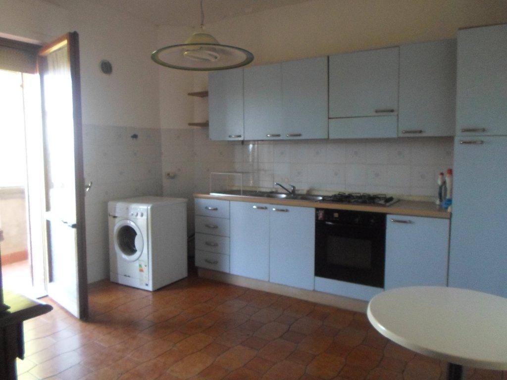 Appartamento in affitto a Santa Croce sull'Arno, 4 locali, prezzo € 500 | CambioCasa.it