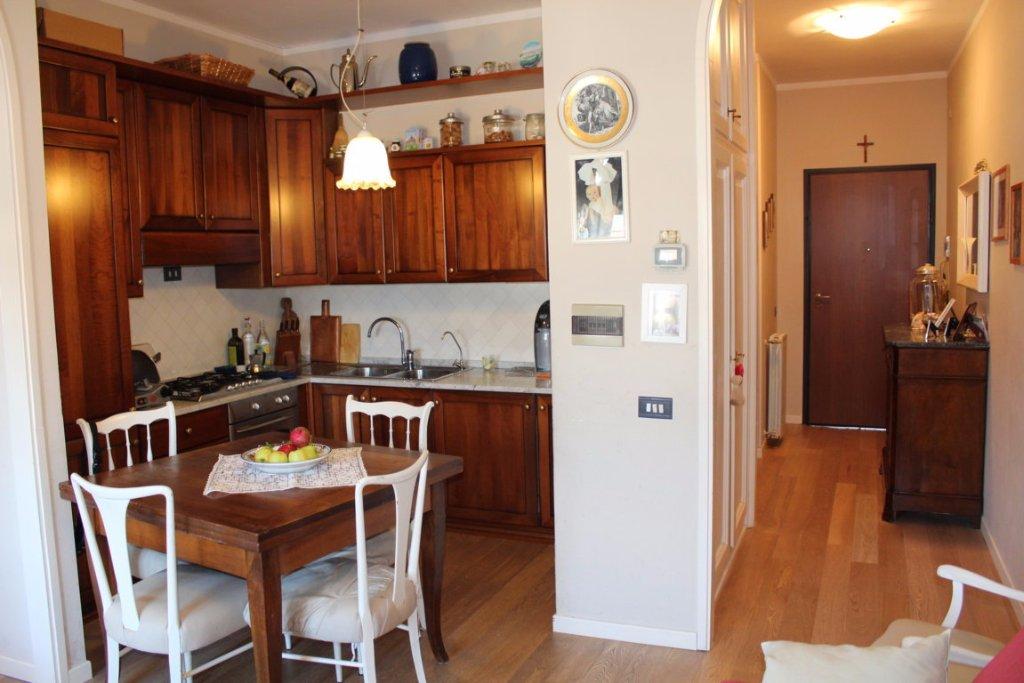 Appartamento in vendita a Pistoia, 3 locali, prezzo € 127.000 | CambioCasa.it