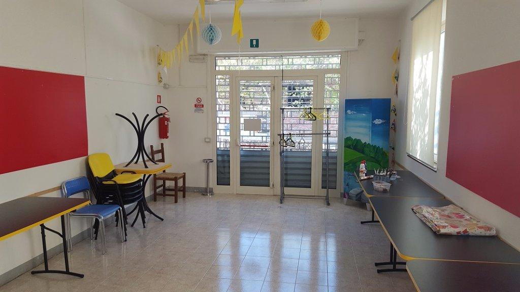 Negozio / Locale in affitto a Santa Maria a Monte, 3 locali, prezzo € 900   CambioCasa.it