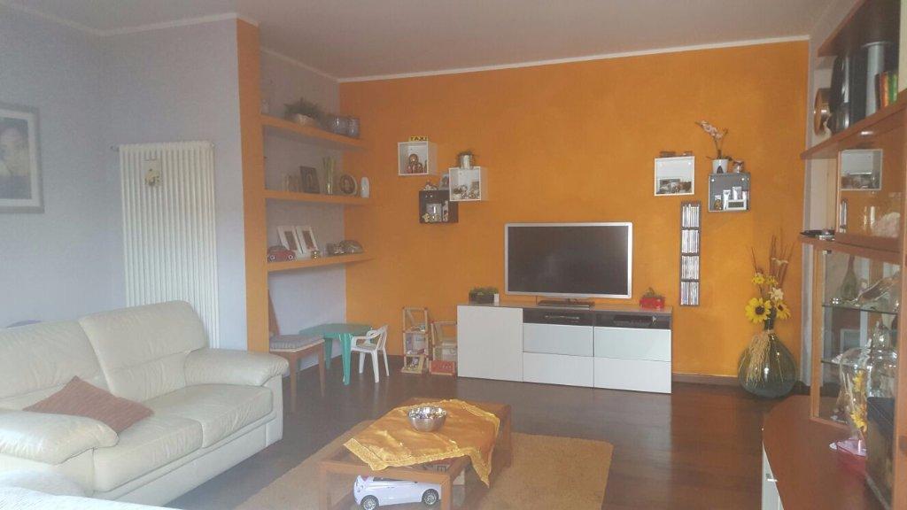 Appartamento in vendita a Santa Croce sull'Arno, 4 locali, prezzo € 125.000 | CambioCasa.it