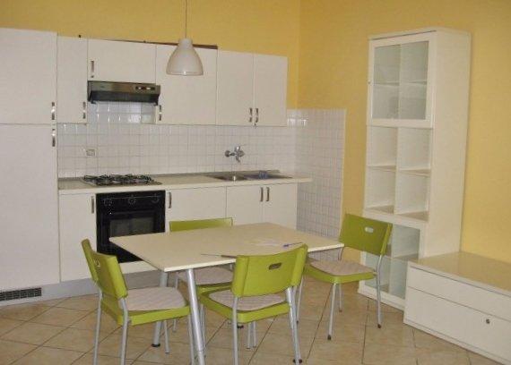 Appartamento in affitto a Calcinaia, 2 locali, prezzo € 500   CambioCasa.it