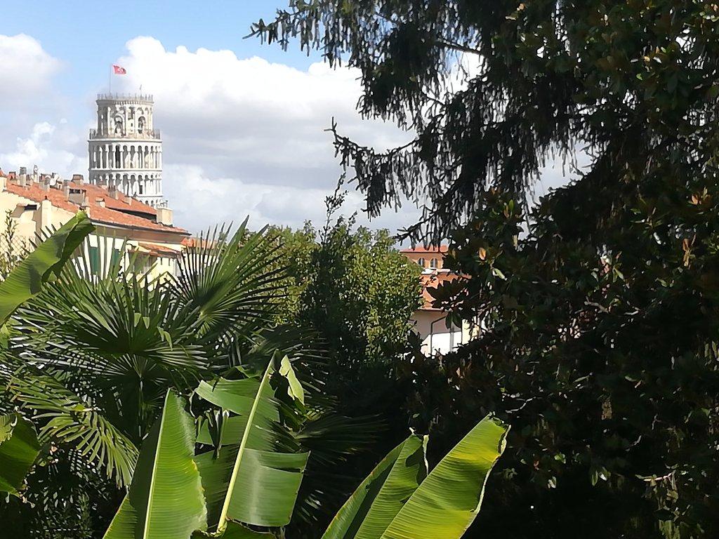 Appartamento in vendita a Pisa, 7 locali, prezzo € 420.000 | CambioCasa.it