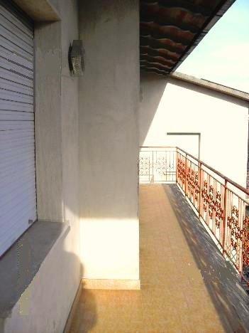 Appartamento in affitto a Santa Maria a Monte, 5 locali, prezzo € 500 | CambioCasa.it