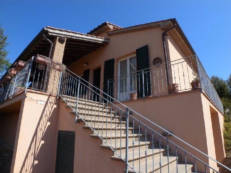 Villa in Vendita a Santa Luce