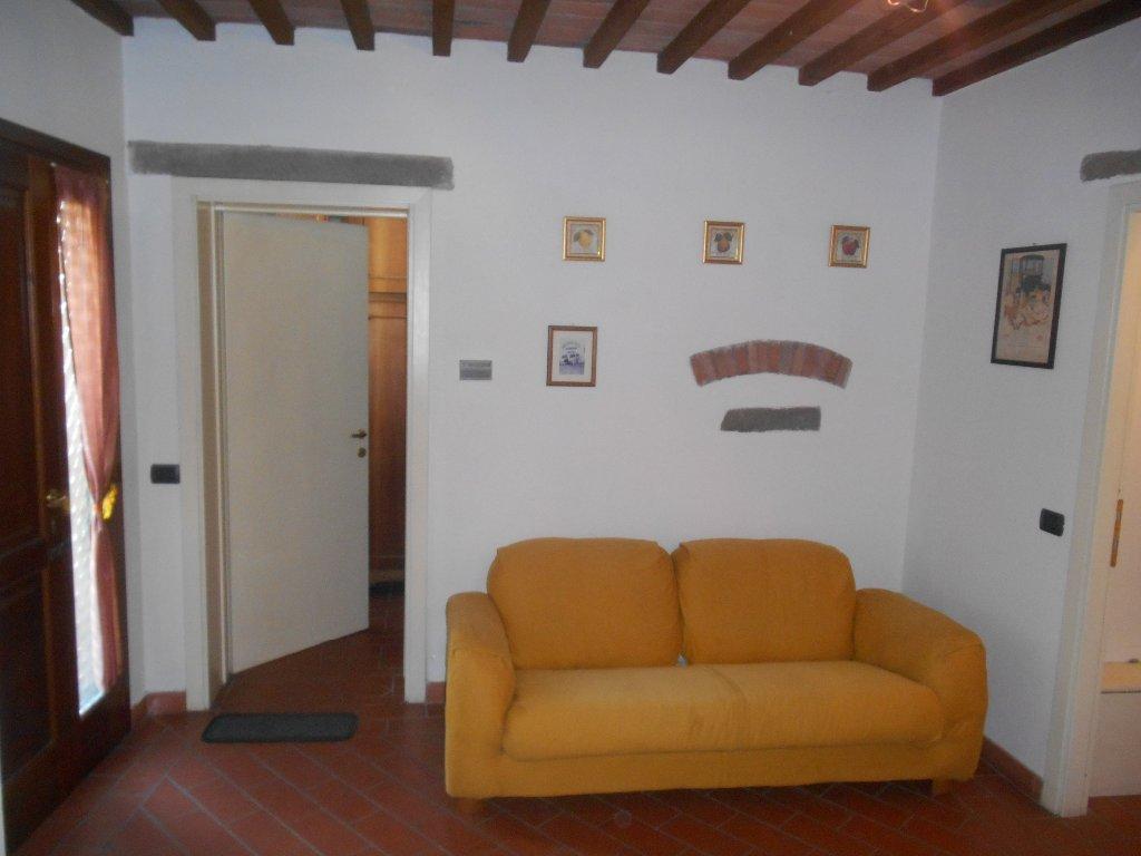Appartamento in affitto, rif. b462
