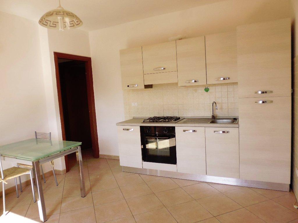 Appartamento in vendita a Santa Maria a Monte, 3 locali, prezzo € 80.000 | CambioCasa.it