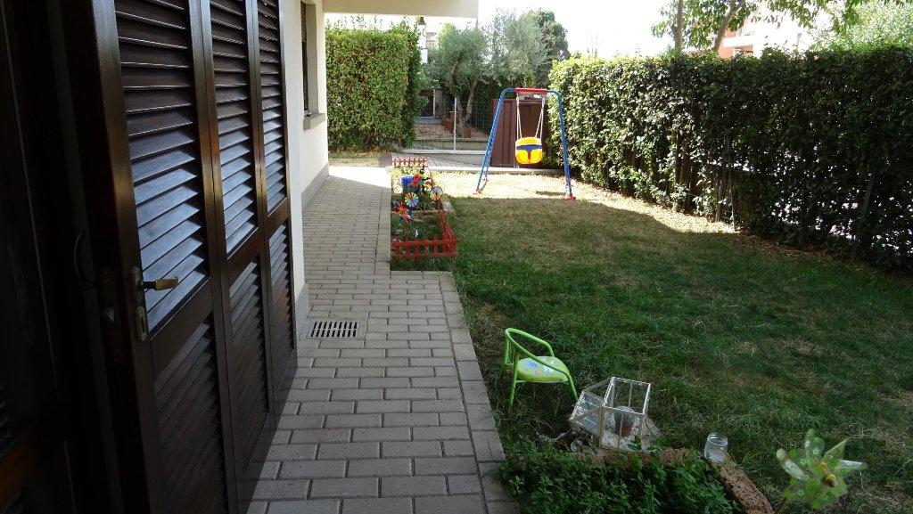 Appartamento in vendita a Montecatini-Terme, 3 locali, prezzo € 135.000   CambioCasa.it