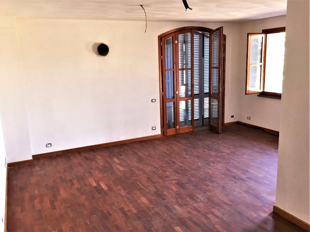 Villa a Schiera in vendita a Terricciola, 7 locali, prezzo € 275.000 | CambioCasa.it