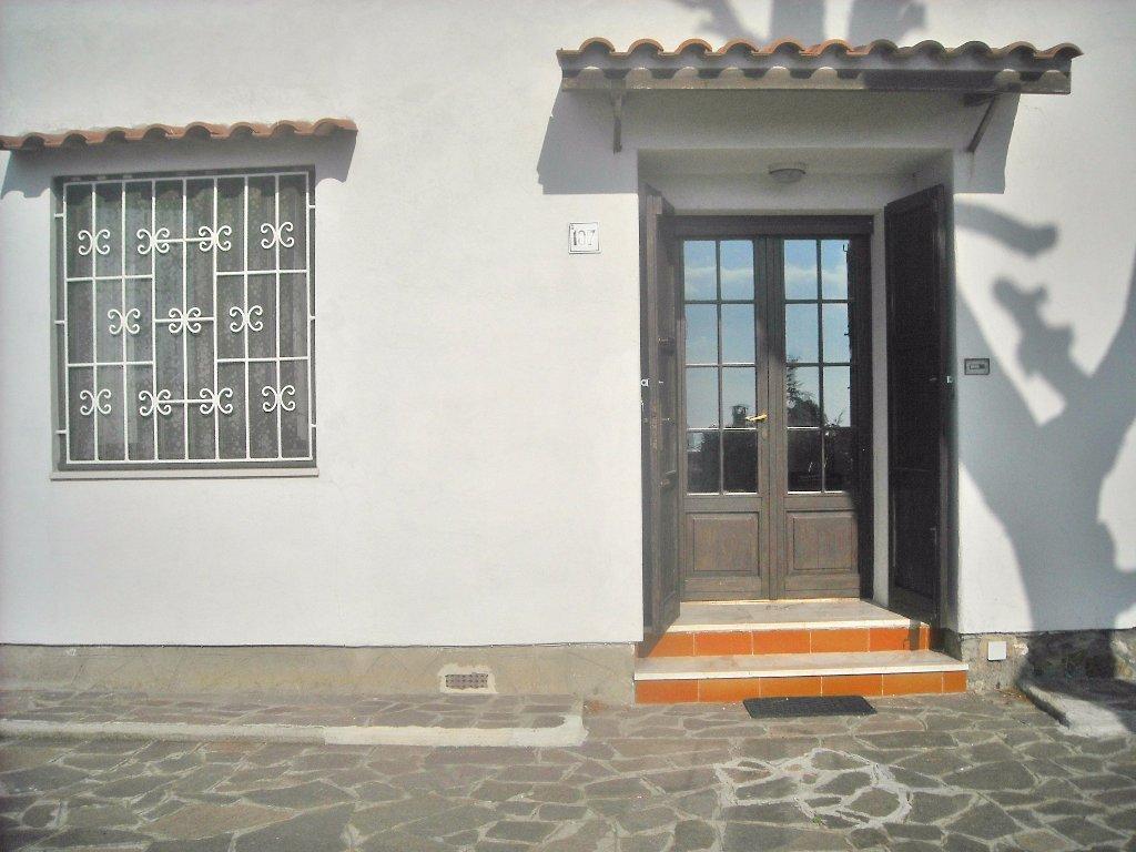 Appartamento in vendita a Livorno, 6 locali, prezzo € 264.000 | CambioCasa.it