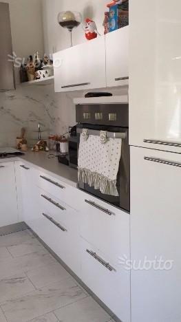 Appartamento in affitto a Livorno, 4 locali, prezzo € 850 | CambioCasa.it