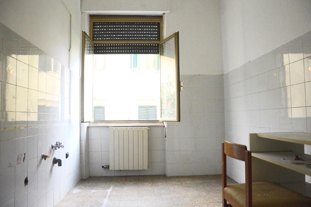Appartamento in vendita, rif. LOG-150