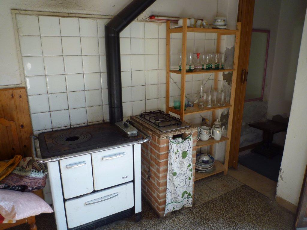Appartamento in vendita a la rotta pontedera - La cucina abusiva pontedera ...