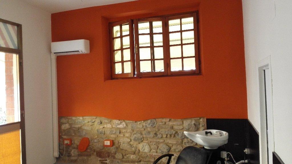 Negozio / Locale in affitto a Lajatico, 1 locali, prezzo € 250   CambioCasa.it