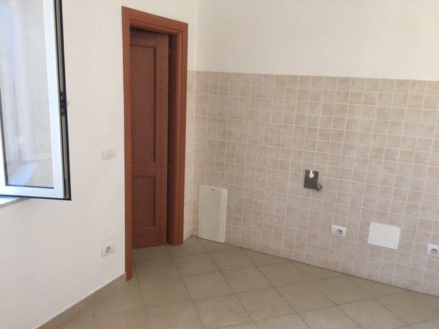 Appartamento in vendita a Calci, 4 locali, prezzo € 130.000 | CambioCasa.it
