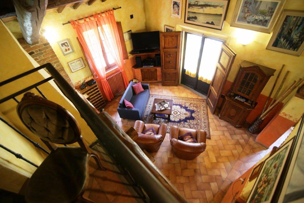 Villa in vendita a Vinci, 5 locali, prezzo € 600.000 | CambioCasa.it