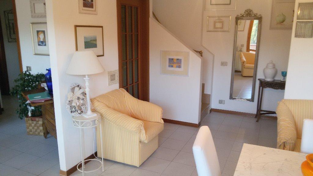 Appartamento in vendita a Siena, 5 locali, prezzo € 250.000 | CambioCasa.it