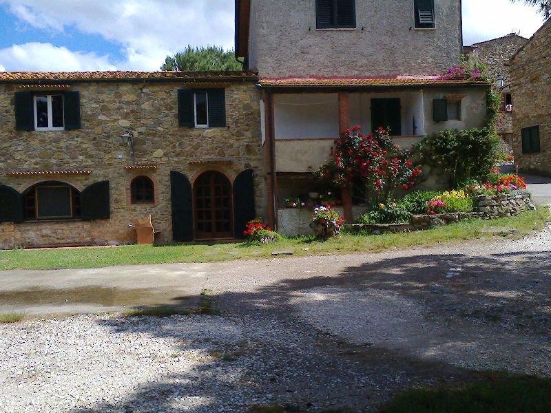 Porzione di casa in vendita a Prata, Suvereto (LI)