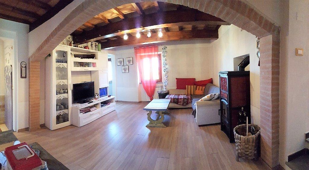 Soluzione Semindipendente in vendita a Buti, 10 locali, prezzo € 259.000 | CambioCasa.it