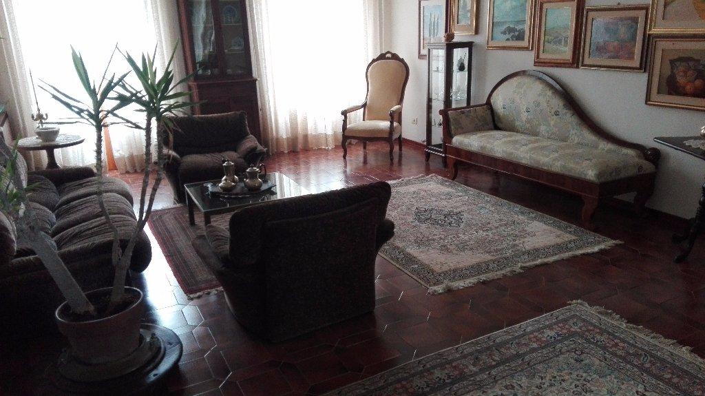 Villa in vendita a Siena, 10 locali, prezzo € 1.000.000 | CambioCasa.it