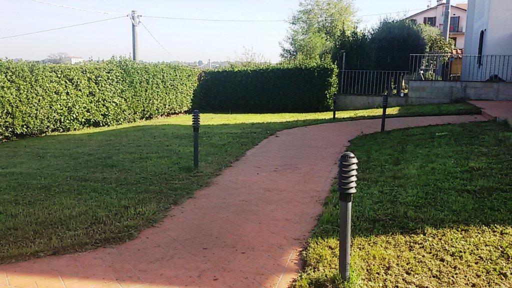 Villa in vendita a Santa Maria a Monte, 5 locali, prezzo € 305.000   CambioCasa.it