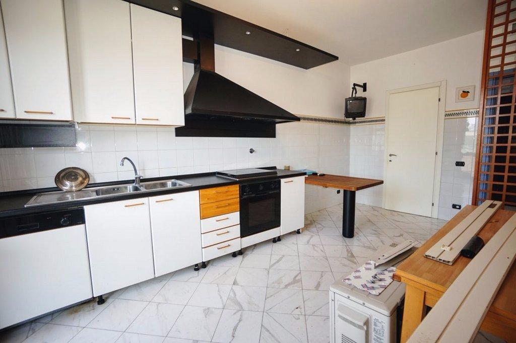 Appartamento in vendita, rif. 17-31