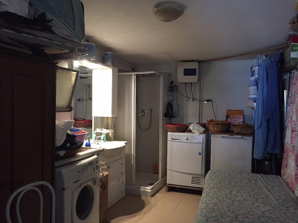 Appartamento in vendita a Pontedera, 5 locali, prezzo € 190.000   CambioCasa.it