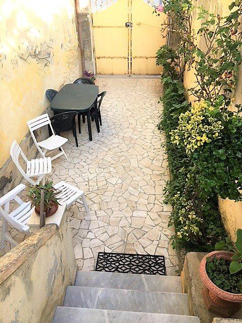 Soluzione Semindipendente in vendita a Livorno, 5 locali, prezzo € 240.000 | CambioCasa.it