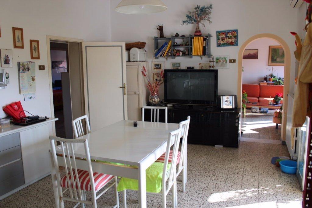 Appartamento, 110 Mq, Vendita - Pistoia (Pistoia)