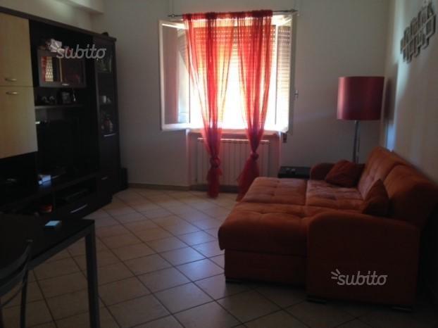 Appartamento in affitto a Castelnuovo Magra, 2 locali, prezzo € 550 | CambioCasa.it
