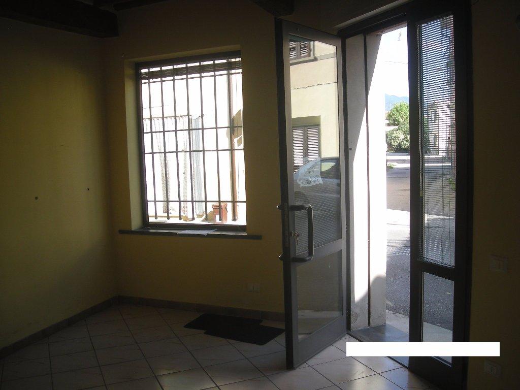 Ufficio / Studio in vendita a Vecchiano, 2 locali, prezzo € 42.000   CambioCasa.it