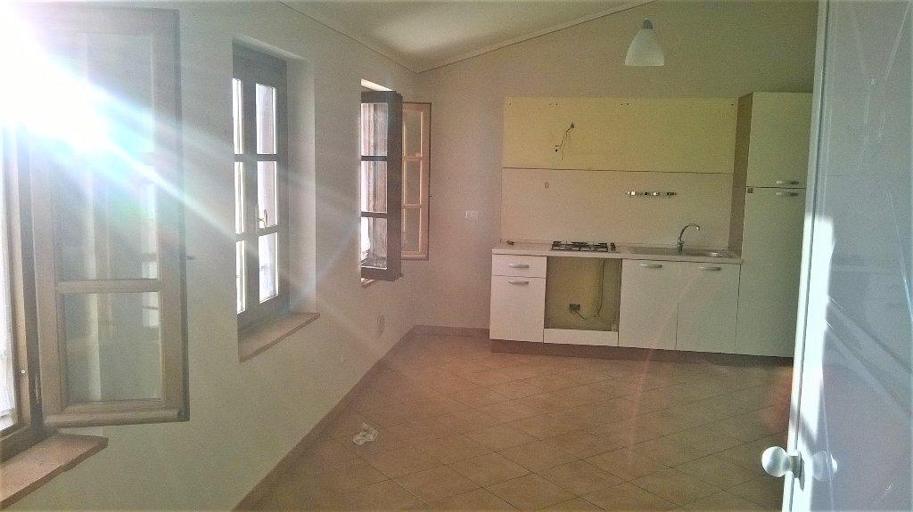 Appartamento in affitto a Capannori, 2 locali, prezzo € 450 | CambioCasa.it