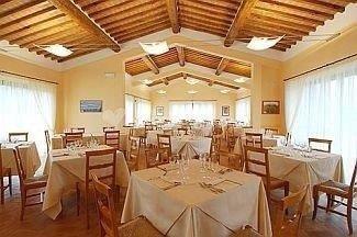 Ristorante / Pizzeria / Trattoria in affitto a Casole d'Elsa, 5 locali, prezzo € 1.500 | CambioCasa.it