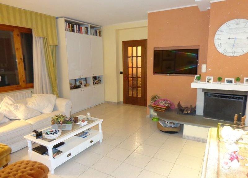 Appartamento in vendita a Cascina, 5 locali, prezzo € 210.000   CambioCasa.it